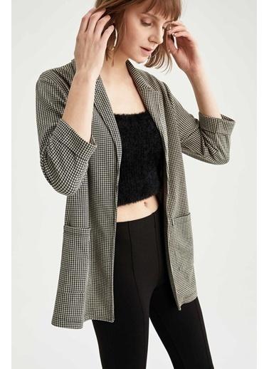 DeFacto Cep Detaylı Yarım Kol Gömlek Ceket Bej